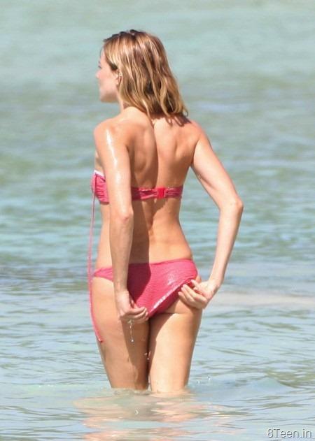 sienna-miller-bikini-photos-12